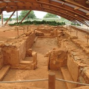 find archaeological sites of Crete
